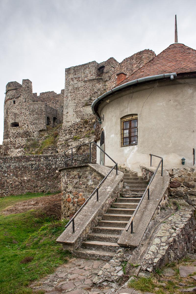 Hrad Levice - Cajovna, Schody